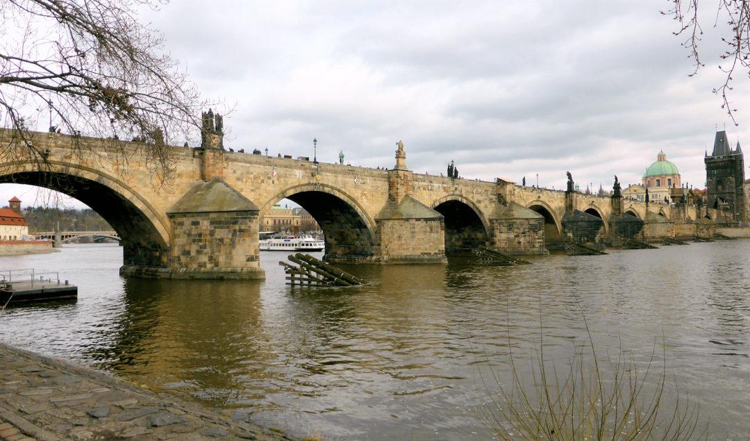 Karlsbroen i Prag. Vores rejser i 2017